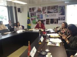 Cida Ramos e Ministra foto 2 04.09.13 270x202 - Secretária discute em Brasília rede de capacitação para profissionais do Suas