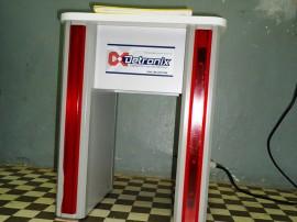 Detector 270x202 - Detector de metais em forma de banco é testado por agentes penitenciários