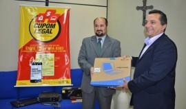 Foto ok entrega simbólica de equipamentos da Receita Federal 2 270x159 - Programa Paraíba Legal recebe doações de notebooks para concurso de educação fiscal