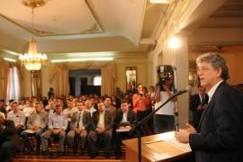 MINISTRO DA AGRICULTURA 73 270x180 - Ricardo e ministro assinam termo que torna a Paraíba zona livre da aftosa