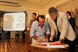 PACTO SOCIAL 57 270x180 - Ricardo assina repasse dos primeiros recursos do Pacto Social 2013