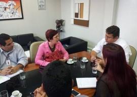 Reunião 3 270x192 - Governo acerta detalhes para implantação do Projovem Urbano nas unidades prisionais