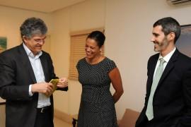 VISITA DO CONSUL EUA 15 270x180 - Ricardo recebe visita da cônsul dos Estados Unidos no Nordeste