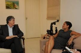 VISITA DO CONSUL EUA 8 270x179 - Ricardo recebe visita da cônsul dos Estados Unidos no Nordeste