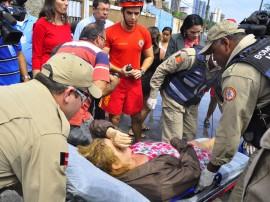 bombeiros e defesa civil areas de risco bairro sao jose foto jose lins 65 270x202 - Corpo de Bombeiros resgata mulher em rua inundada no bairro São José