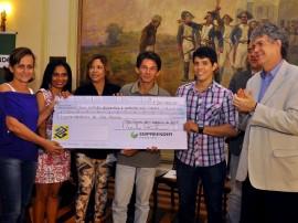 empreender pb foto francisco frança 175 270x202 - Ricardo libera créditos e programa supera R$ 40 milhões