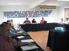 paraiba sedia em dezembro reuniao dos estado com programa do leite 21 270x202 - Paraíba vai sediar reunião dos Estados executores do Programa do Leite