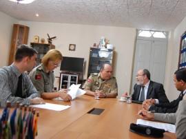 pm e ministerio publico firmam termo de cooperacao na area de ensino 2 270x202 - Polícia Militar e Ministério Público firmam termo de cooperação na área de ensino