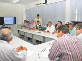 recursos hidricos reuniao seca na paraiba foto jose lins 21 270x202 - Encontro discute ações contra a seca na Paraíba