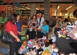 09.10.13 brincart manaira shopping walter rafael 112 270x192 - Brincarte bate recorde de público e chega a R$ 37,8 mil em vendas