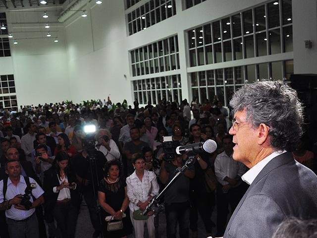 30.10.13 ricardo inaugura torre e congresso centro convencoes_fotos roberto guedes (7)(1)
