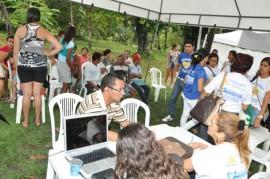 Mega aç o 3 270x179 - Moradores de Gramame e Valentina recebem atendimento da Defensoria Pública