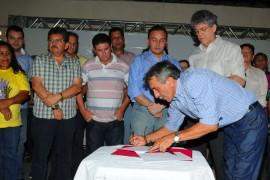 P 270x180 - Governo firma convênios com sete municípios da região de Princesa Isabel