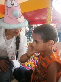 PA190011 202x270 - Funcionários do Hospital de Trauma comemoram Dia das Crianças com os filhos