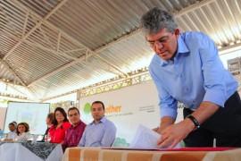 PROJETO ACOLHER 27 270x180 - Ricardo anuncia R$ 2 milhões para melhorias nos asilos