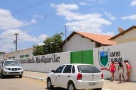 TAPEROA ESCOLA 12 270x180 - Ricardo autoriza adutora que garante abastecimento de Taperoá