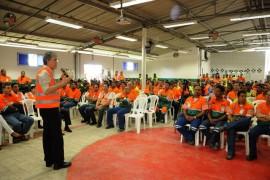 VISITA FABRICA DE CIMENTO 132 270x180 - Ricardo visita fábrica de cimentos e anuncia recuperação da PB-044