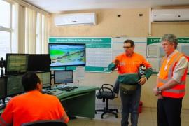 VISITA FABRICA DE CIMENTO 181 270x180 - Ricardo visita fábrica de cimentos e anuncia recuperação da PB-044