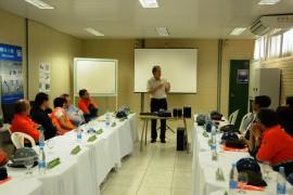 VISITA FABRICA DE CIMENTO 4 270x180 - Ricardo visita fábrica de cimentos e anuncia recuperação da PB-044