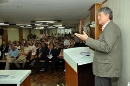 assinatura decreto 6 fotos cláudio goes 270x179 - Ricardo assina em Campina decreto que beneficia microempresas