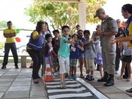 detran dia da crianca 4 270x202 - Detran orienta crianças para trânsito educado e seguro