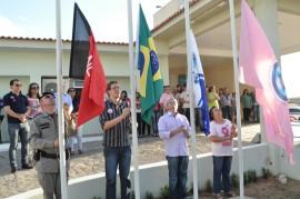 hasteamento de bandeiras 270x179 - Maternidade de Patos realiza ações em apoio à campanha Outubro Rosa