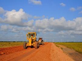 ricardo MATARACA ORDEM DE SERVICO foto jose lins 4 270x202 - Ricardo autoriza pavimentação de rodovia em Barra de Camaratuba
