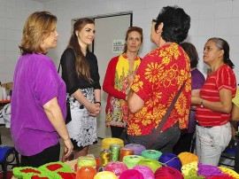 13.11.13 pamela visita curso artesanato11 270x202 - Artesanato paraibano é destaque em coleções de confecções no Sul do País