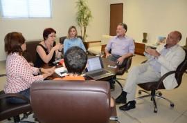18.11.13 reuniao see sebrae 3 270x178 - Governo discute implantação de projeto de Educação Empreendedora em parceria com Sebrae