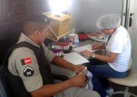 25.11.13 pm participa atividades dia doador 3 270x192 - Polícia participa de atividades alusivas ao Dia Nacional do Doador de Sangue