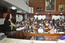 28.11.13 gilberta soares recebe homenagem foto joao francisco 75 270x179 - Secretária da Mulher recebe homenagem na Assembleia Legislativa