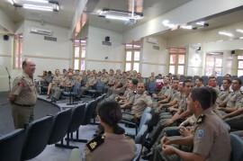 28.11.13 pm fotos werneck moreno 2 270x179 - Polícia Militar forma mais 61 cadetes e distribui efetivo pelo Estado