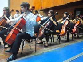30.08.12 concerto orquestra sinfonica na Funesc fotos Roberto Guedes 6 270x202 - Orquestra Sinfônica Jovem faz concerto com temática voltada para a paz