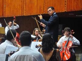 30.08.12 concerto orquestra sinfonica na Funesc fotos Roberto Guedes 7 270x202 - Orquestra Sinfônica Jovem faz concerto com temática voltada para a paz