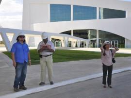 30.10.13 centro convencao visita izabel caminha foto vanivaldo ferreira 20 270x202 - Arquiteta diz que Centro de Convenções terá Relógio de Sol