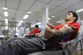 Dia nacional do doador de sangue FOTO Ricardo Puppe 1 270x180 - Hemocentro desenvolve ações no Dia Nacional do Doador de Sangue
