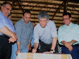 PACTO SOCIAL BELEM 3 270x202 - Ricardo assina convênios do Pacto Social com 14 municípios do Brejo