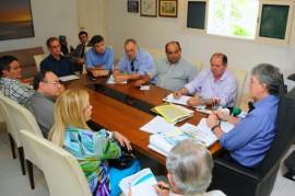 REUNIÃO EMPRESARIOS SETOR TRANSPORTE 4 270x179 - Ricardo discute transporte alternativo com empresas de ônibus intermunicipais