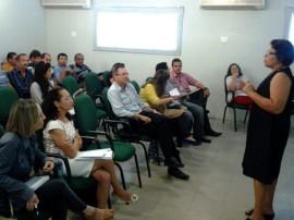 Reunião com servidores da Agevisa PB02 270x202 - Nova diretora da Agevisa apresenta plano de ação e pede empenho na defesa da saúde dos paraibanos