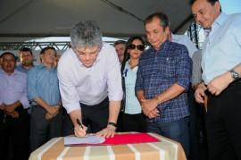 SAPE 4 270x179 - Ricardo autoriza obras de hospital em Sapé, libera créditos e entrega ônibus escolar