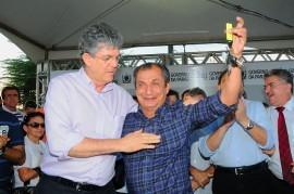 SAPE PREFEITO 8 270x179 - Ricardo autoriza obras de hospital em Sapé, libera créditos e entrega ônibus escolar