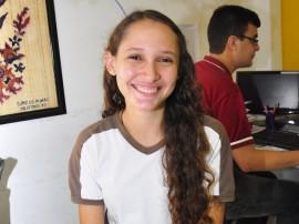 """aluna de escola do estado geise escose e a nova jovem embaixadora foto jose lins 63 270x202 - """"Alunos da escola pública podem ir mais longe"""", diz Jovem Embaixadora"""