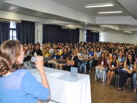 cida homenagem 270x202 - Secretária expõe ações do Governo e é homenageada em seminário nacional