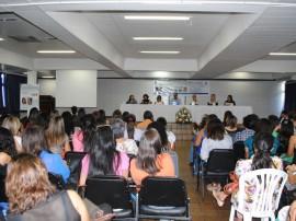 cida homenagem3 270x202 - Secretária expõe ações do Governo e é homenageada em seminário nacional