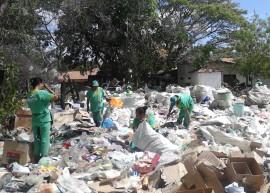 coleta seletiva em bonito de santa fe recebe representantes de brasilia 2 270x193 - Paraíba vence prêmio nacional com projeto de reciclagem de resíduo urbano