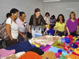curso artesanato na funatec foto walter rafael 3 270x202 - Artesãs participam de capacitação sobre criação de peças em crochê