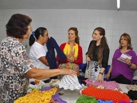 curso artesanato na funatec foto walter rafael 5 270x202 - Artesãs participam de capacitação sobre criação de peças em crochê