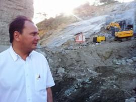 inspeção camara1 270x202 - Secretários inspecionam obras de reconstrução da Barragem Nova Camará