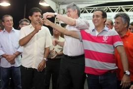 mari onibus foto francisco frança secom pb 0005 1 270x180 - Ricardo inaugura rodovia Caldas Brandão-Mari e recebe cidadania