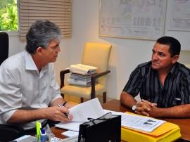 nadir fernandes prefeito de curral de cima 2 270x202 - Ricardo discute projetos com prefeitos de Boa Ventura e Curral de Cima